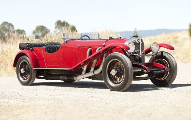 Red 1927 Mercedes-Benz Typ S26/180