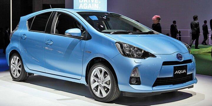 Blue Toyota Aqua Car