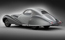 Rear side quarter view of the 1938 Talbot-Lago T150C SS