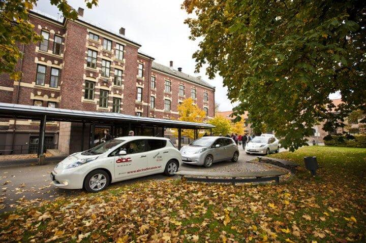 Nissan Leaf cars in Oslo, Norway