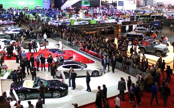 Crowds at the Ferrari at the 2013 Geneva Auto Salon