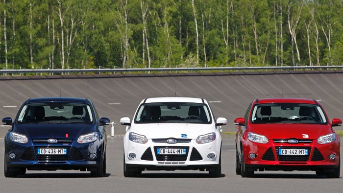 Three Ford Focus Cars