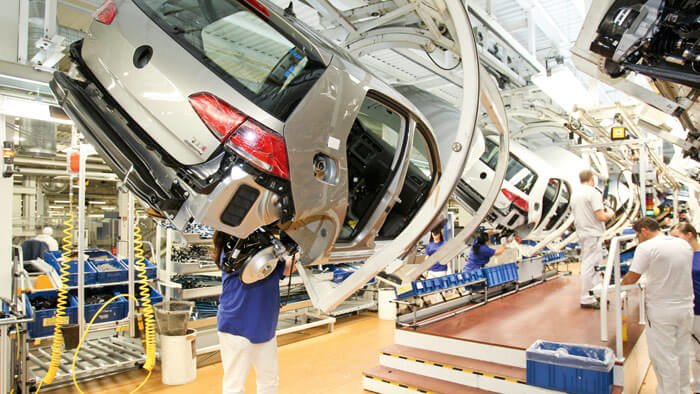 VW Golf Production