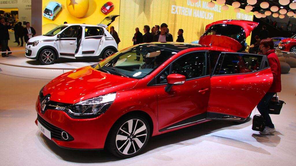 Renault Clio Break Geneva Auto Salon