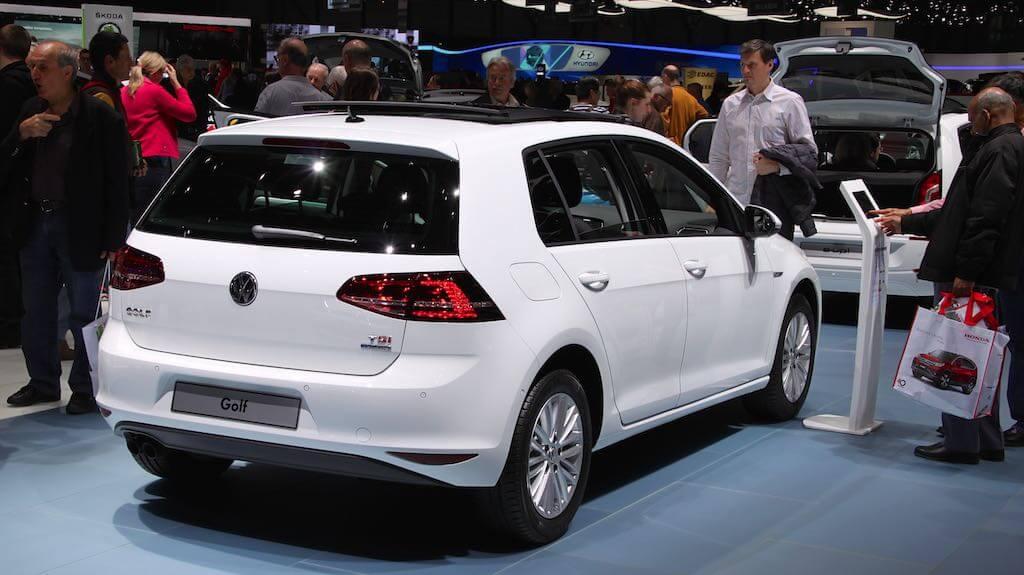 White VW Golf TSi