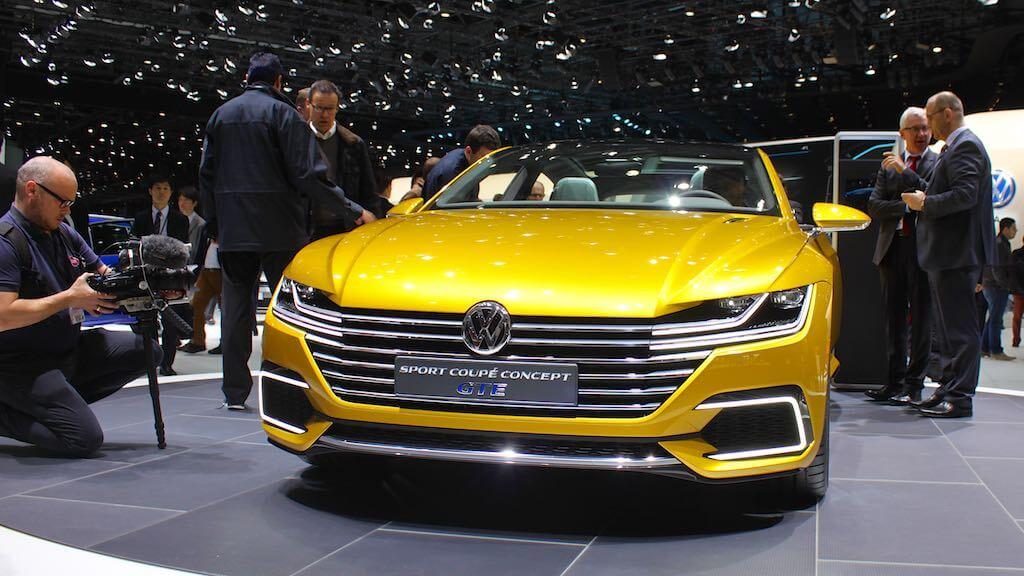 Volkswagen Sport Coupe Concept GTE Geneva Auto Show 2015