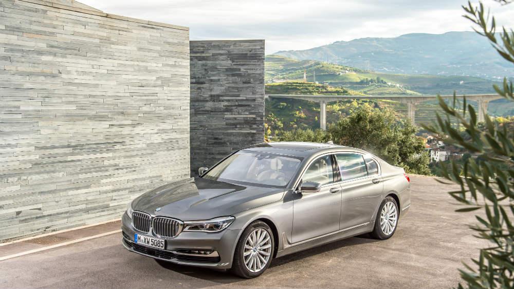 2015 BMW 750 iL
