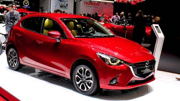 Mazda 2 Geneva 2015