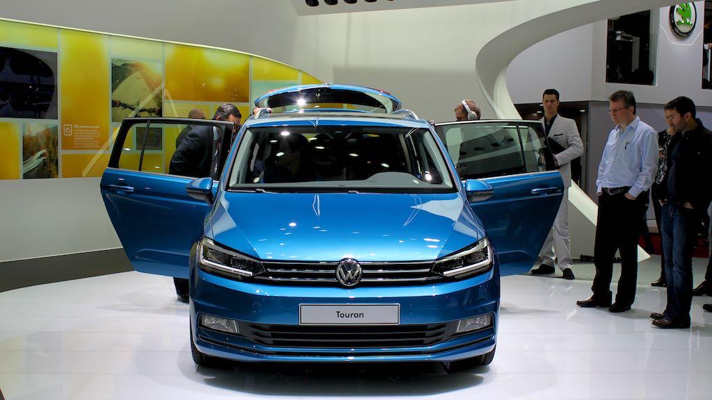 VW Touran launch Geneva Auto Show 2015