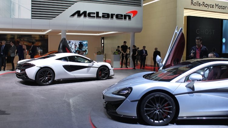 McLaren 570S (white) and McLaren 570GT (blue) at the Geneva Auto Show 2016