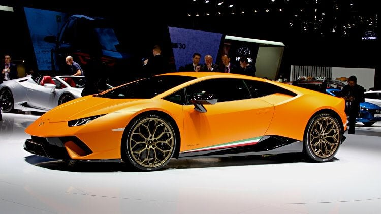 Orange Lamborghini Huracan Geneva 2017