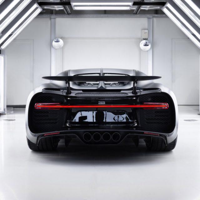 """Bugatti Chiron Sport """"Edition Noire Sportive"""" rear"""