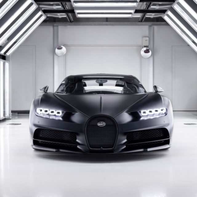 """Bugatti Chiron Sport """"Edition Noire Sportive"""" Front"""