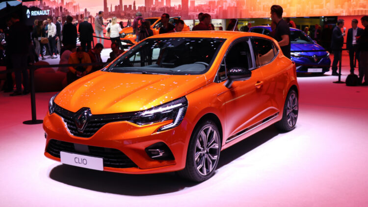 The Renault CLio again outsold the VW Golf as the best-selling car model in Europe in June 2020.