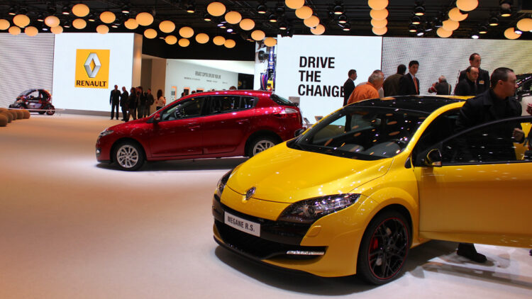 The Renault Clio was the top-selling car model in France in 2013 while the VW Polo remained the favorite imported car model of the French.