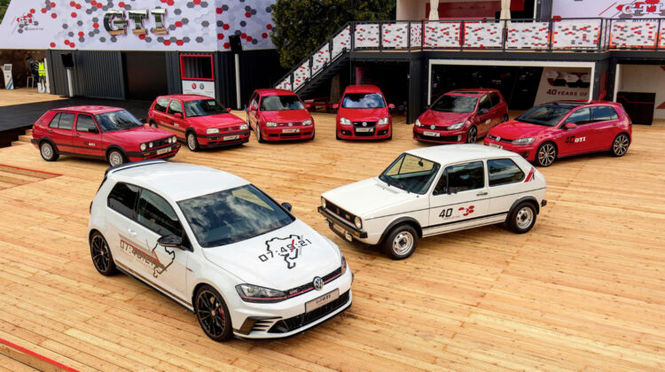 """The Golf GTI Clubsport S """"record"""" with 7 GTI generations at the 2016 Wörthersee GTI gathering"""